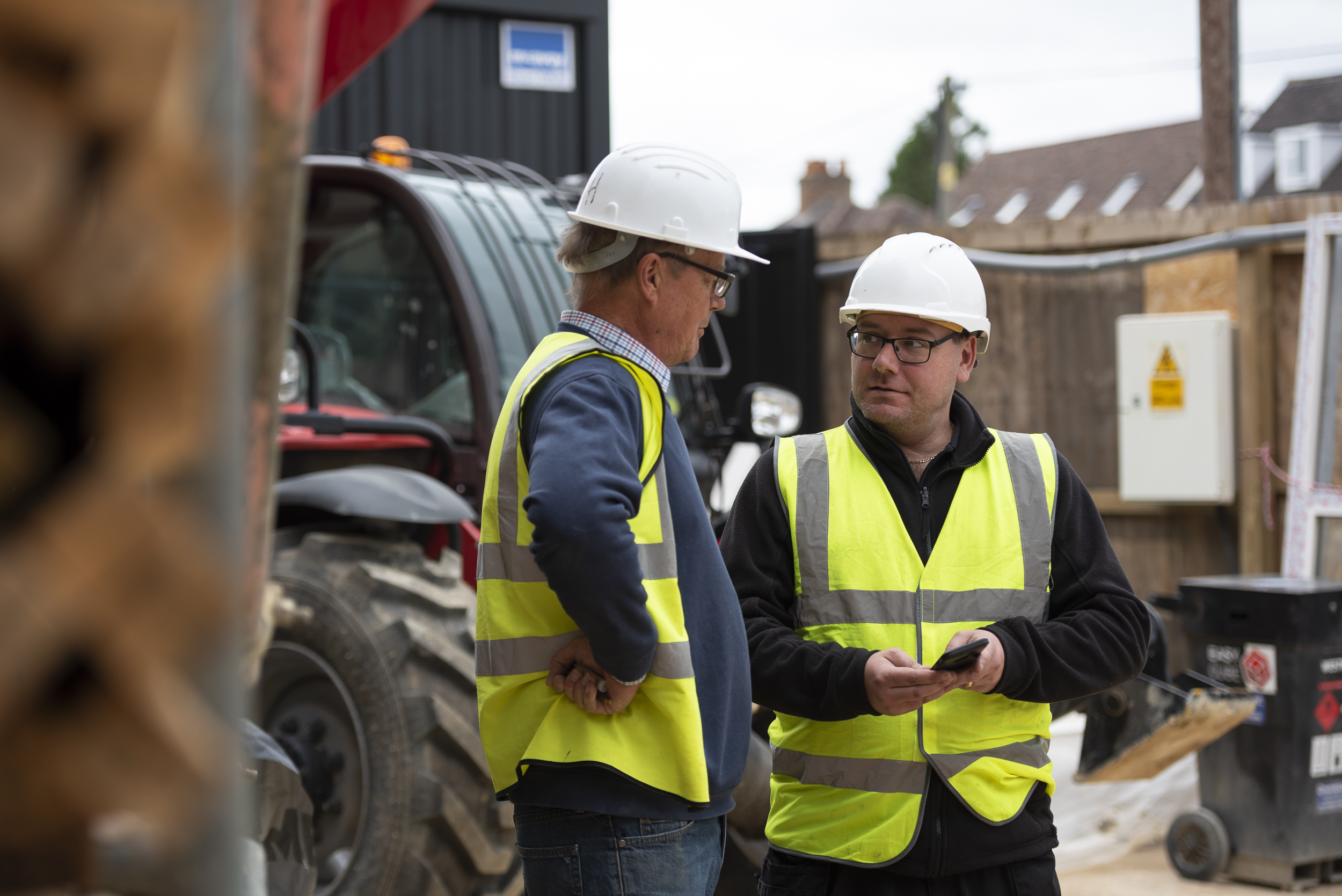 7 reasons to introduce biometric workforce management to your construction firm